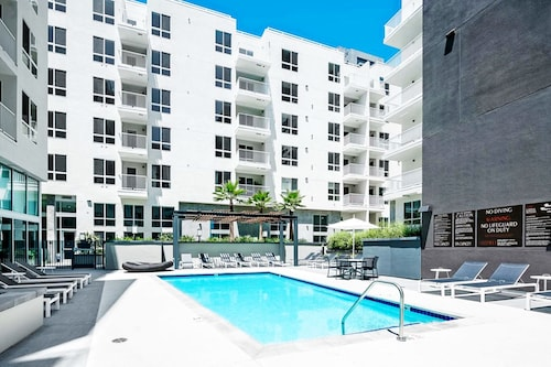 Gorgeous Vacation Rentals in Culver City