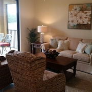 Amazing 2 Br, 2 Bath Condo With TPC Golf At Treviso Bay