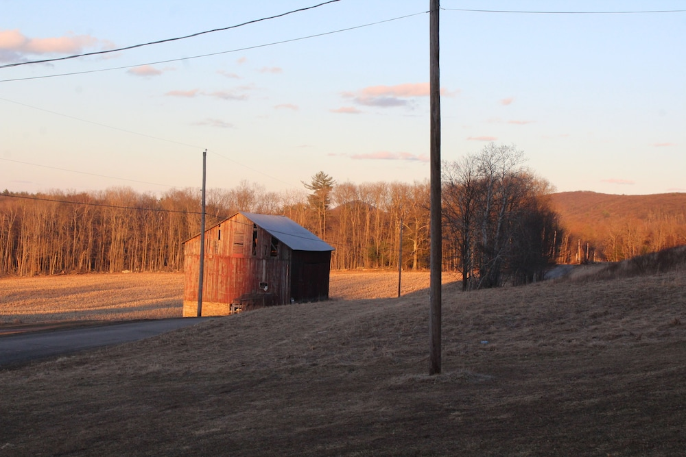 , Rustic, Tranquil, Cozy Chalet on 130 Acres of Farmland