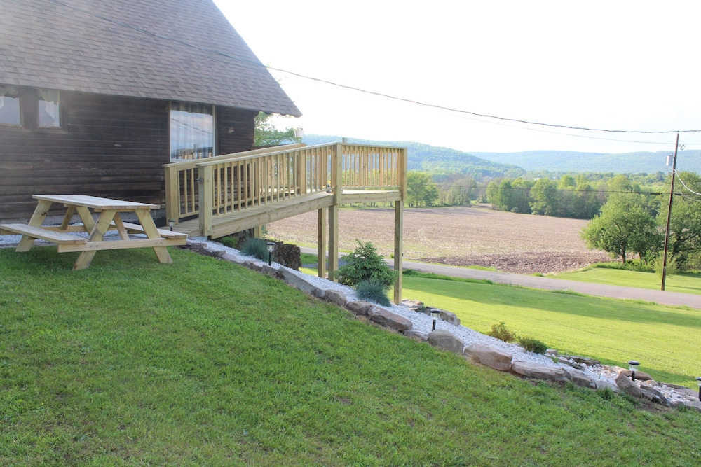 Property Grounds, Rustic, Tranquil, Cozy Chalet on 130 Acres of Farmland