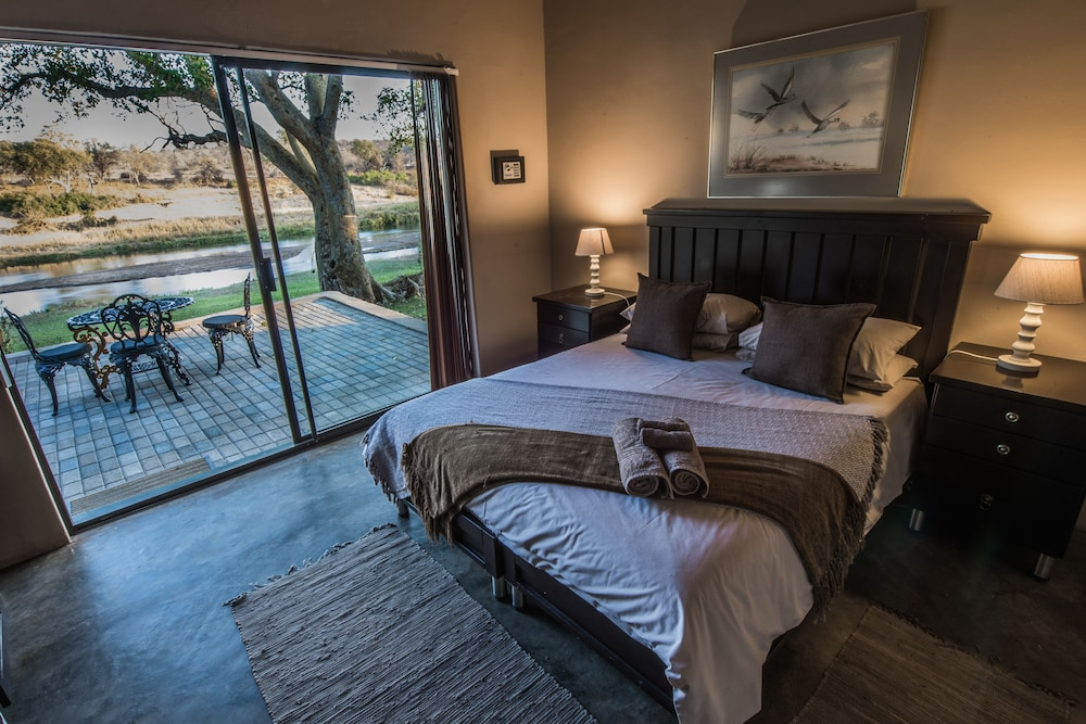 Featured Image, Maninghi Lodge
