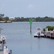 Waterfront luxury Villa (14) - 3 Br Townhouse