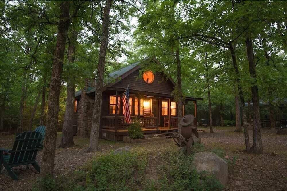 Featured Image, Forever And a Day Retreat - 1 Br Cabin