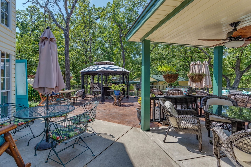 Porch, The Whispering Pines Inn Bed & Breakfast