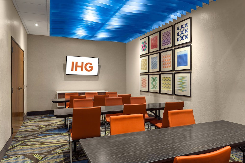 Meeting Facility, Holiday Inn Express Lake Park, an IHG Hotel
