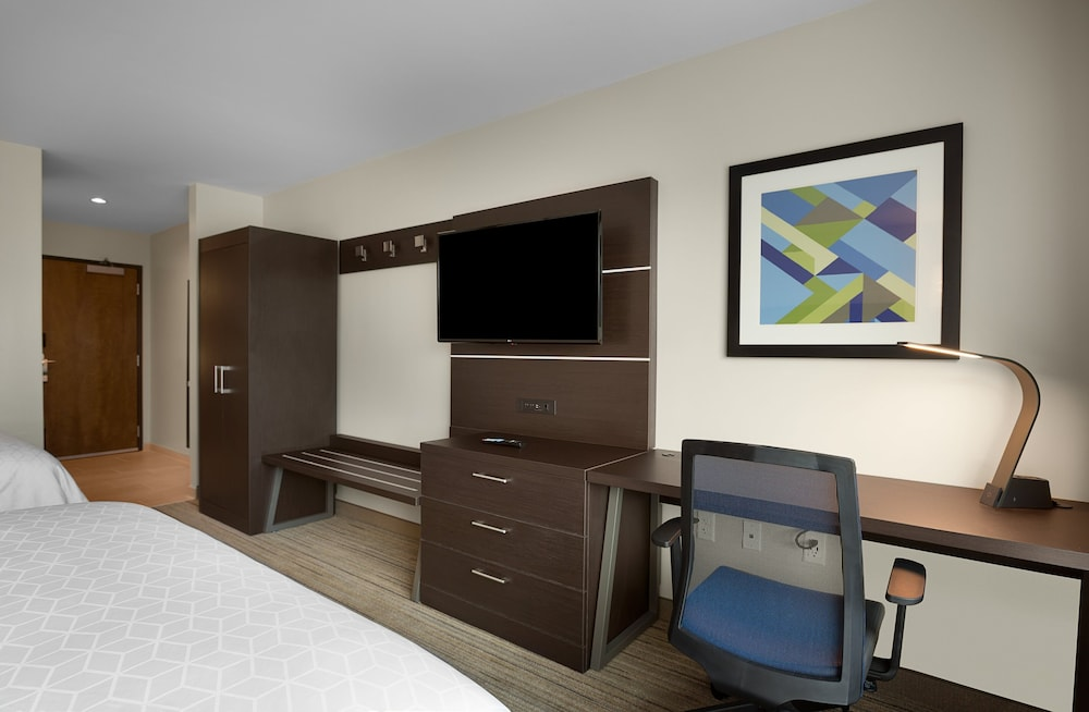 Room Amenity, Holiday Inn Express Lake Park, an IHG Hotel