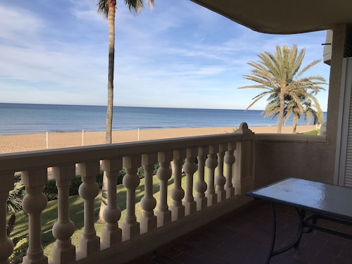 Newly Renovated Apartment IN Denia Front OF THE SEA