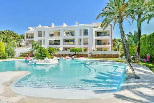 Luxury Apartment Located in Moraira Club, 200 m From the Center of Moraira