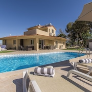 Marvelous Villa Near Carvoeiro With Private Heated Swimming Pool, Tennis Table