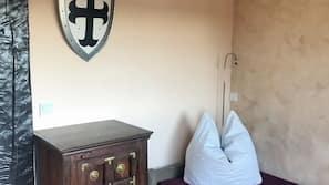 3 Schlafzimmer, Bügeleisen/Bügelbrett, Babybetten, Internetzugang