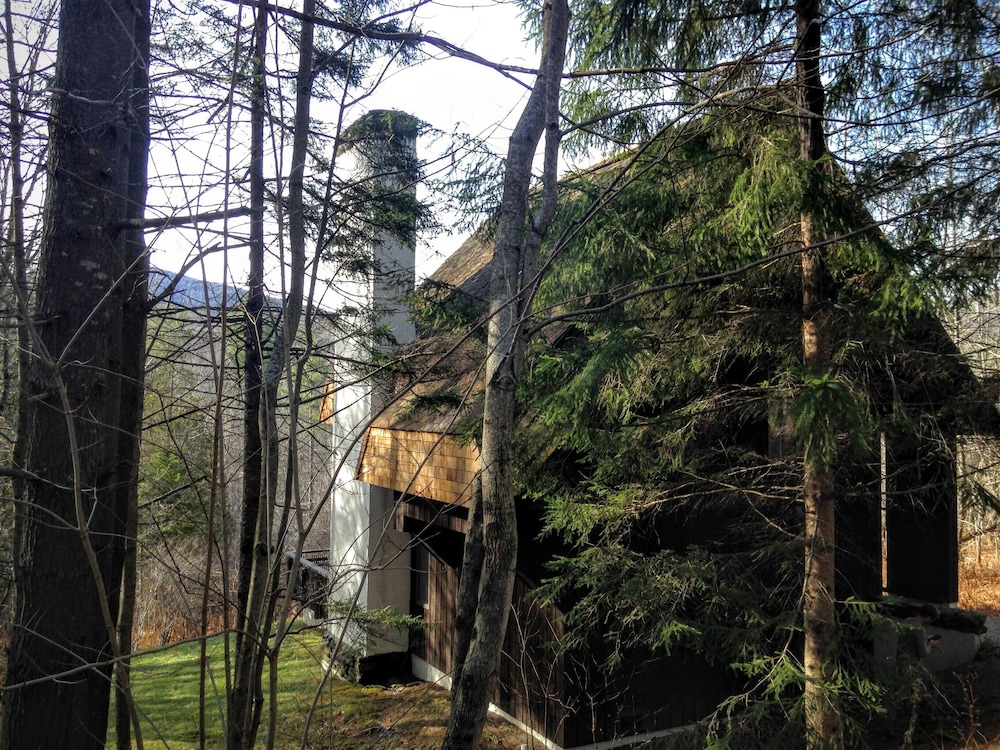 Property Grounds, Mountain Chalet With Views