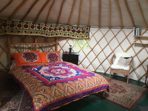 Yurt Close to Bath