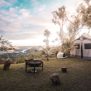 Private Glamping - Rivers, Adventure, History and Beaches