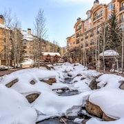 112 Luxurious Beaver Creek, Ski In/out + Ski Valet, 4 Season Pool & Spa