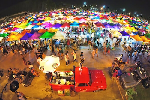 Train Night Market to 2min & MRT to 3min, big House, Popular Restaurants & Cafes
