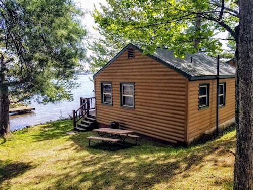 Minocqua Shores Resort - Cabin #2