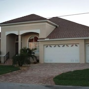 Punta Gorda Isles- Perfect Location- Beautiful Waterfront Home- Heated Pool/spa