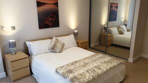 2 Schlafzimmer, Bügeleisen/Bügelbrett, kostenloses WLAN, Bettwäsche