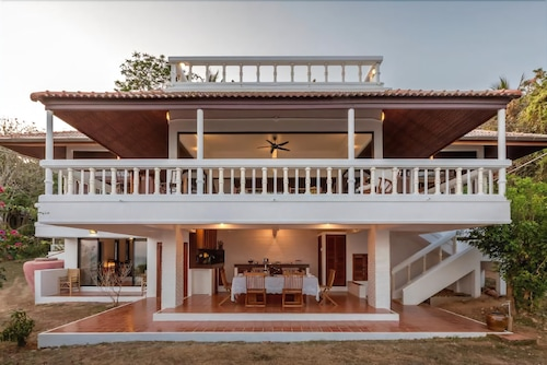 Baan Khunying Villa Secluded Phuket Beachfront