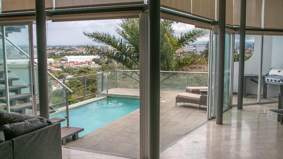 Escazu Mansion With Private Pool