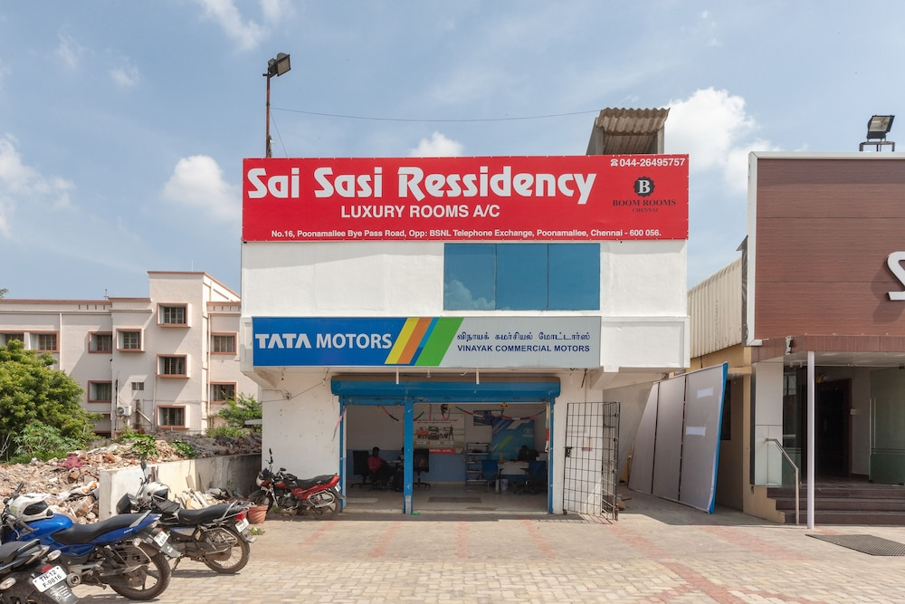 OYO 24311 Sai Sasi Residency - Reviews, Photos & Rates