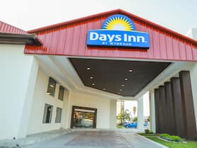 Days Inn by Wyndham Piedras Negras