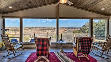 Renovated Home Overlooking Palo Duro Canyon!