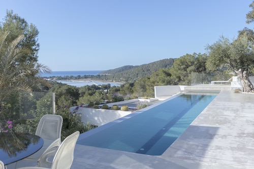 Ibiza Luxury Mansion in Salinas