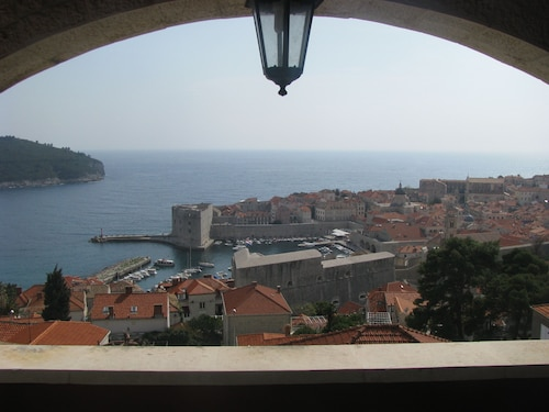 Sea View Room With Balcony and Beautiful View to the Old Town