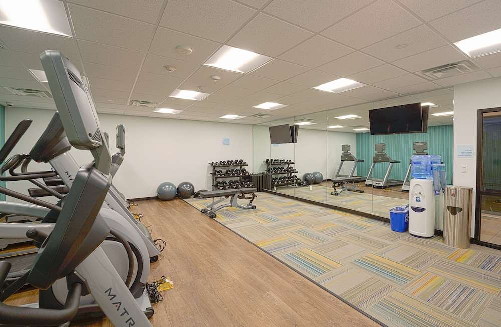 Fitness Facility, Holiday Inn Express & Suites Wentzville St Louis West