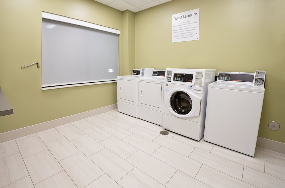 Laundry, Holiday Inn Express & Suites Wentzville St Louis West