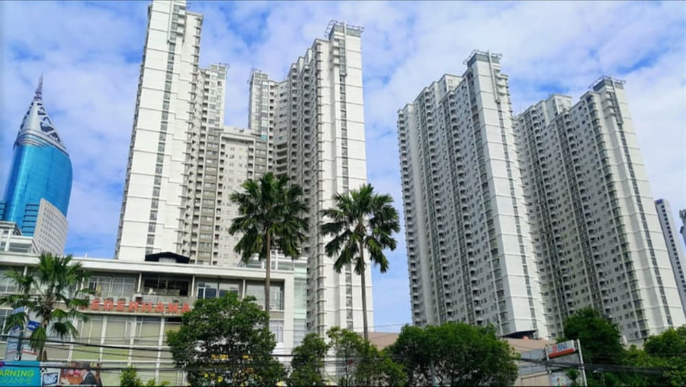 Comfy 2br Sudirman Park Apartment At Central Area 3 0 Out Of 5