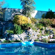 Authentic Provencal Farmhouse From the 17th - 3 Bedrooms - Large Swimming Pool