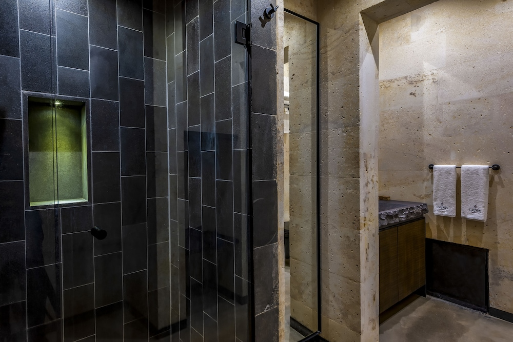 Bathroom Shower, Carus Cappadocia