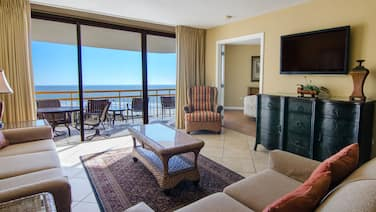 Oceanfront Two Bedroom Condo w/ Great View + Official On-Site Rental Privileges