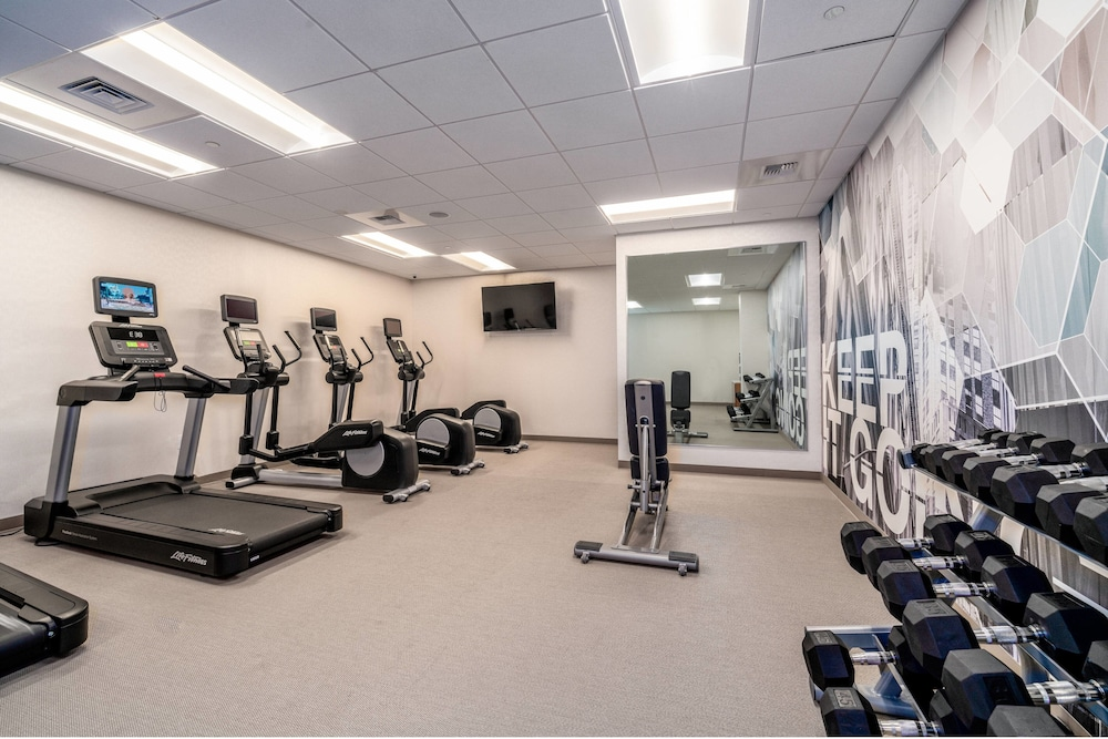 Fitness Facility, SpringHill Suites by Marriott Oakland Airport