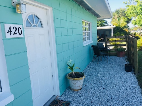 Downtown Cocoa Beach Retreat