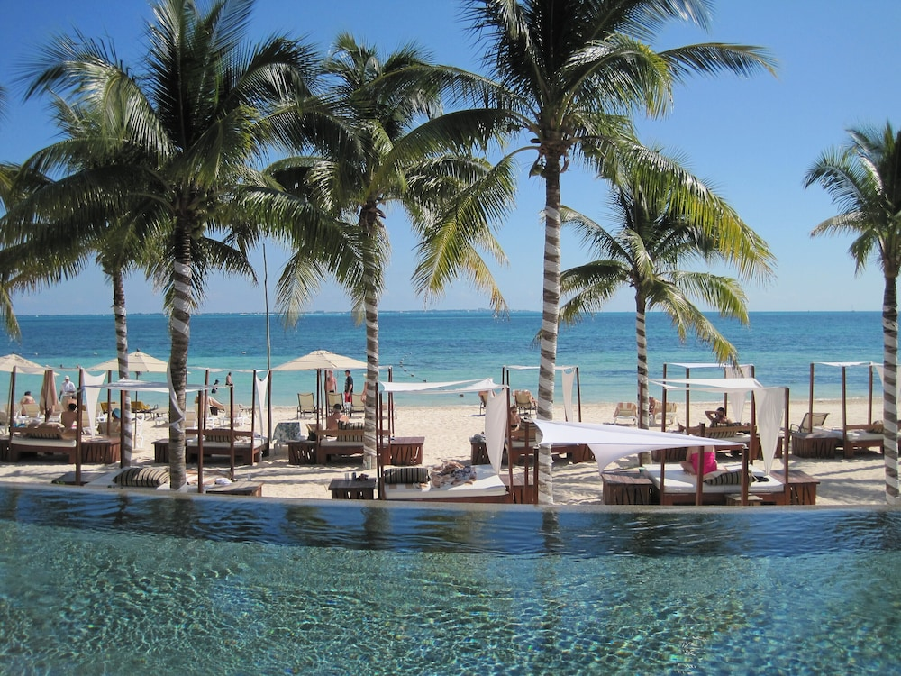 Christmas In Cancun.Come To Cancun For Christmas At The Villa Del Palmar Beach