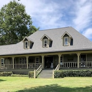 Toledo Bend Lake Front Home - Mid Lake South of Pendlton Bride