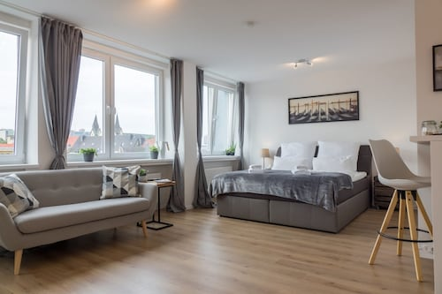 Stilvolles Businessapartment an der Uni, Nahe HBF