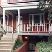 Large 1 Bed/bath English Basement Apt in Row Home Near Metro