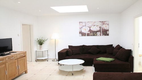 Beautiful Bright Apartment in a Quiet Location Just Outside Berlin + Potsdam