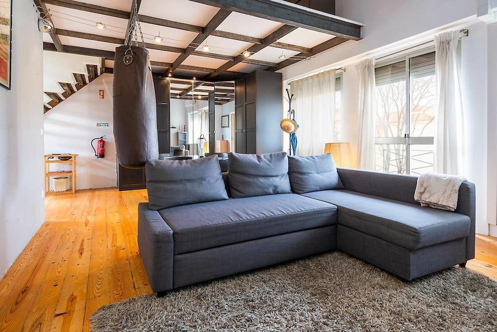 Modern Mezzanine Apartment In Lisbon