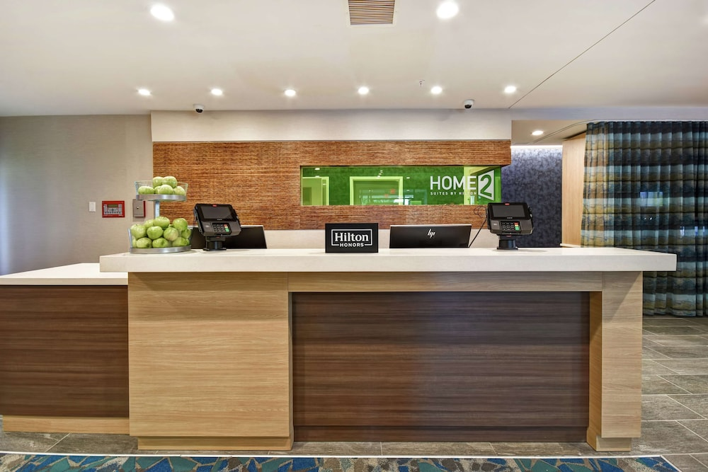 Reception, Home2 Suites by Hilton Georgetown