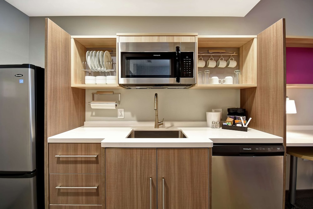 Private Kitchen, Home2 Suites by Hilton Georgetown