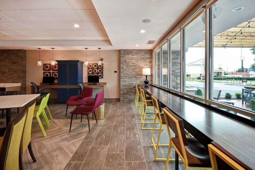 Lobby, Home2 Suites by Hilton Georgetown