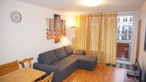 1 makuuhuone, yksilöllisesti sisustettu, yksilöllisesti kalustettu