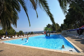 Property With 2 Bedrooms in Vieste, With Pool Access and Furnished Terrace - 2 km From the Beach