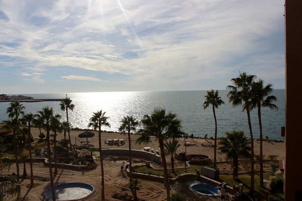 Property Grounds, Marina Pinacate 1BR 411-v by Casago