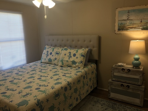 Murrells Inlet Guest House, Newly Renovated With all new Appl and Furnishings